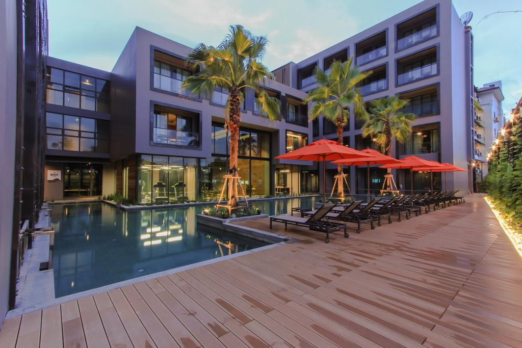 Sugar Marina Resort – SURF – Kata Beach