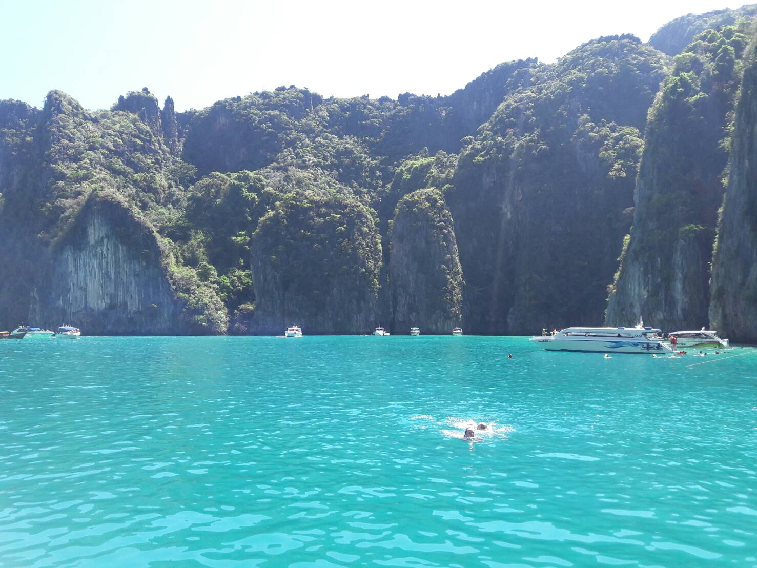 Phi Phi + Bamboo Island By Speed boat